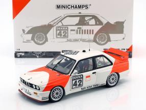 BMW M3 (E30) #42 Cor Euser BMW Dealerteam Rennen Zolder 1991 1:18 Minichamps