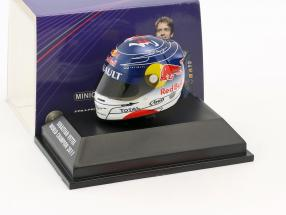 S. Vettel Red Bull GP Suzuka Formula 1 World Champion 2011 Helmet 1:8 Minichamps