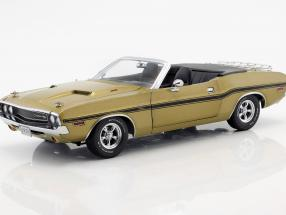 Dodge Challenger R/T Convertible year 1970 gold metallic 1:18 Greenlight