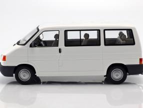 Volkswagen VW T4 Bus Caravelle Baujahr 1992 weiß