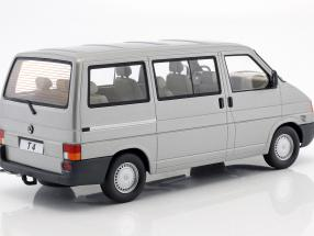 Volkswagen VW T4 Bus Caravelle Baujahr 1992 grau metallic