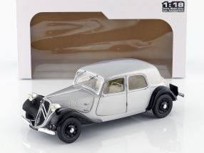 Citroen Traction 11CV year 1937 silver / black 1:18 Solido