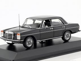 Mercedes-Benz 200 (W115) Baujahr 1968 schwarz 1:43 Minichamps