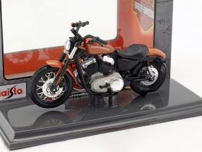 Harley-Davidson XL 1200N Nightster Baujahr 2007 bronze 1:18 Maisto