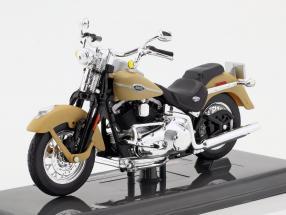 Harley-Davidson FLHTCUI Ultra Classic Electra Glid Baujahr 2005 beige 1:18 Maisto