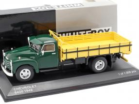 Chevrolet 6400 platform truck year 1949 green / yellow 1:43 WhiteBox
