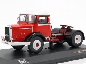 Bernard 150 MB Truck year 1951 red / white 1:43 Ixo