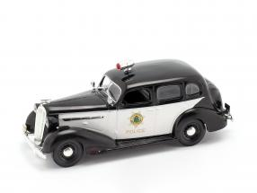 Buick Special policy black / white 1:43 Altaya
