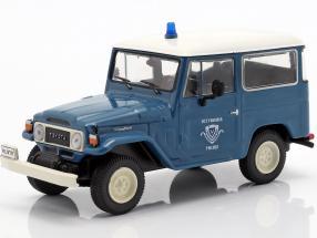 Toyota Land Cruiser FJ40 Polizei blau / weiß in Blister 1:43 Altaya