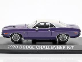 Dodge Challenger R/T year 1970 TV show Graveyard Carz (since 2012) violet / White