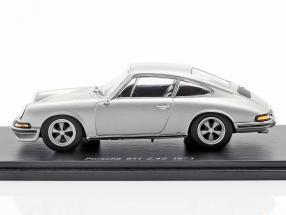 Porsche 911 2.4 year 1973 silver gray