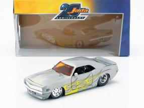 Chevrolet Camaro  year 1969 silver / yellow 1:24 Jada Toys