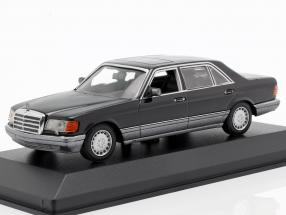Mercedes-Benz 560 SEL (V126) year 1990 black 1:43 Minichamps