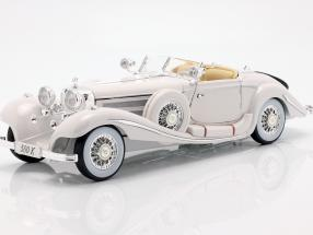 Mercedes Benz 500 K Special Roadster Year 1936 white 1:18 Maisto