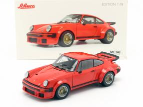 Porsche 934 year 1976 guards red 1:18 Schuco