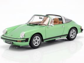 Porsche 911 S 2.7 Targa year 1974 green metallic 1:18 GT-SPIRIT