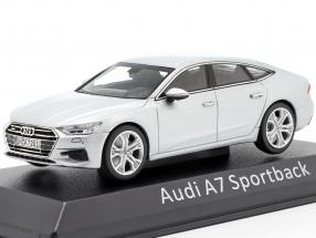 Audi A7 Sportback silver 1:43 iScale
