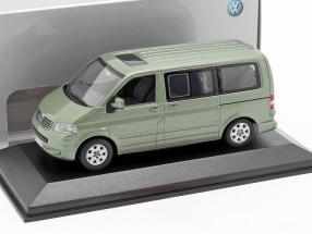 VW Volkswagen Multivan T5 fresco grün metallic 1:43 Minichamps