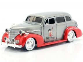 Chevy Master Deluxe Betty Boop year 1939 silver grey / red 1:24 Jada Toys