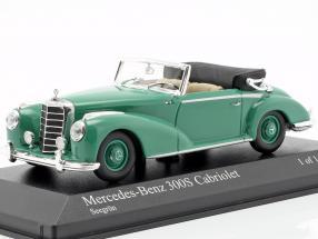 Mercedes-Benz 300 S Cabriolet Year 1954 green 1:43 Minichamps