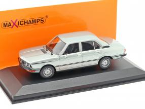 BMW 520 E12 year 1974 light blue metallic 1:43 Minichamps