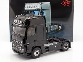 Mercedes-Benz Actros Gigaspace 4x2 Truck facelift 2018 black 1:18 NZG