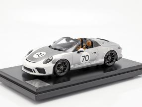 Porsche 911 (991 II) Speedster #70 Heritage Design Package 2019 with showcase silver 1:12 Spark