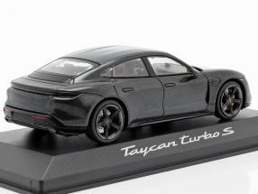 Porsche Taycan Turbo S IAA 2019 volcano gray metallic