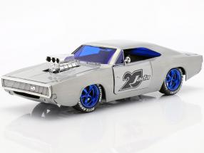 Dodge Charger R/T year 1970  silver 1:24 Jada Toys