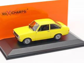Ford Escort year 1975 yellow 1:43 Minichamps
