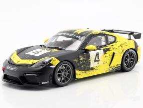 Porsche 718 Cayman GT4 Clubsport 2019 yellow / black with showcase 1:18 Minichamps