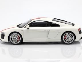 Audi R8 RWS TBC year 2018 white / red  GT-Spirit
