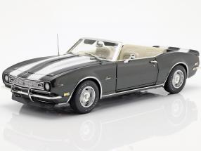 Chevrolet Camaro Z/28 Convertible year 1968 green metallic / White 1:18 GMP