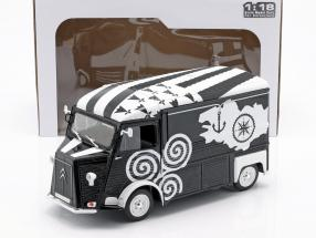 Citroen Type HY BREIZH year 1969 black / white 1:18 Solido