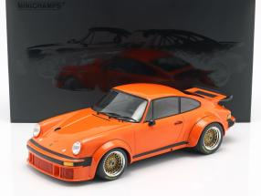 Porsche 934 Baujahr 1976 orange 1:12 Minichamps
