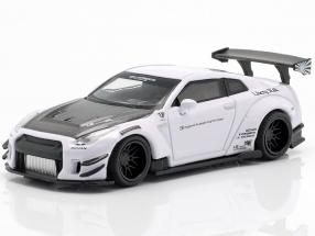 LB Works Nissan GT-R (R35) Type 2 LHD white 1:64 True Scale