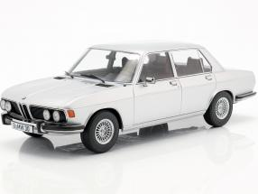 BMW 3.0S E3 series 2 year 1971 silver 1:18 KK-Scale