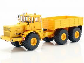 Kirovets K-700 tractor yellow 1:32 Schuco