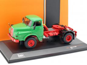 MAN 19.280H Truck year 1971 green 1:43 Ixo