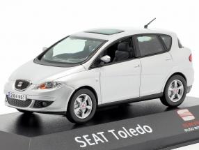 Seat Toledo silver grey metallic 1:43 Seat