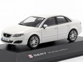 Seat Exeo Limousine candy white 1:43 Seat