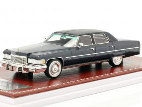 Cadillac Fleetwood Brougham year 1976 blue metallic 1:43 Great Iconic Models
