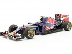 Carlos Sainz Toro Rosso STR10 #55 Malaysian GP formula 1 2015 1:18 Spark