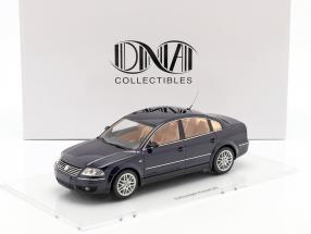 Volkswagen VW Passat W8 limousine year 2001 indigo blue 1:18 DNA Collectibles
