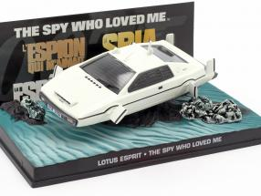 Lotus Esprit James Bond Movie Car white The Spy Who Loved Me