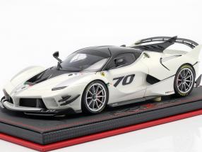 Ferrari FXX-K Evo #70 Presentation Car 2017 pearl white metallic 1:18 BBR