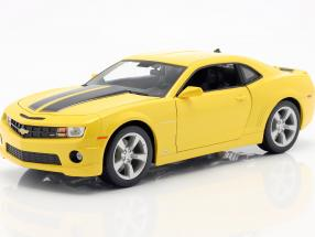 Chevrolet Camaro SS RS built in 2010 yellow with black stripes 1:18 Maisto