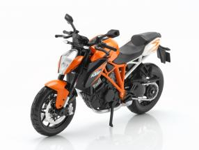 KTM 1290 Super Duke R orange / white / black 1:12 Maisto