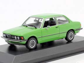 BMW 323i (E21) year 1975 green 1:43 Minichamps