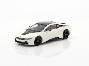 BMW i8 Coupe (I12) year 2015 white metallic 1:87 Minichamps